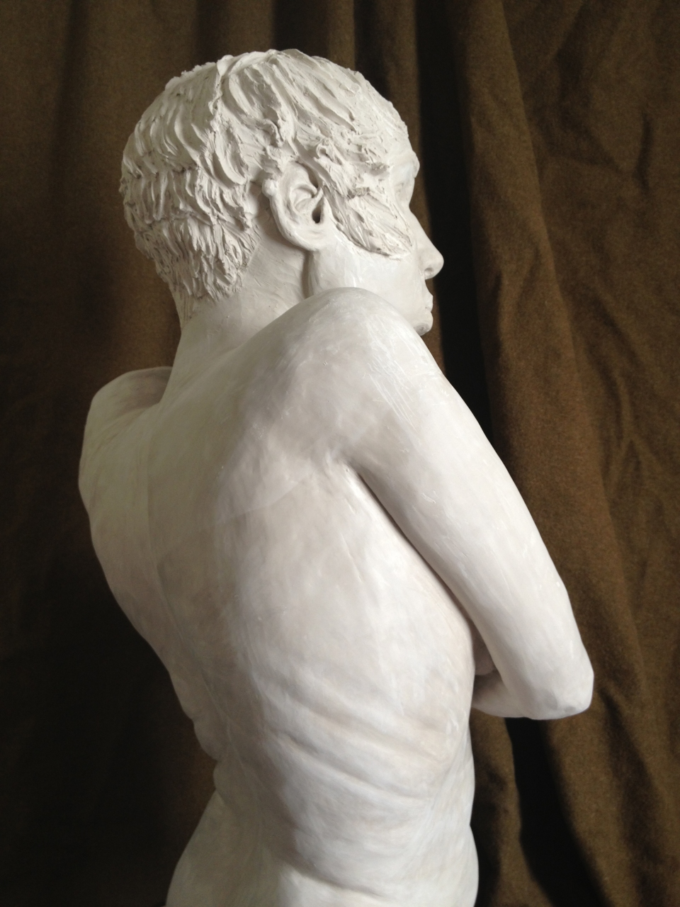 [Right side of Maya de Ceano-Vivas' sculpture.]